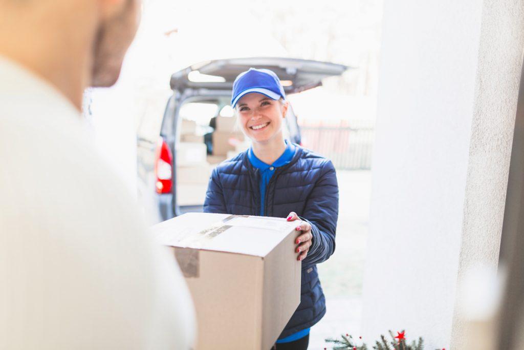 Dilarang-menerima-parcel-di-pejabat